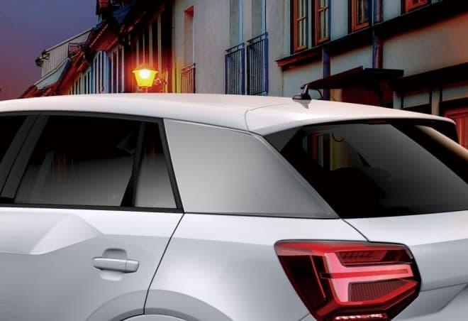 AudiのコンパクトSUV「Q2」に、限定モデル「#black styling」