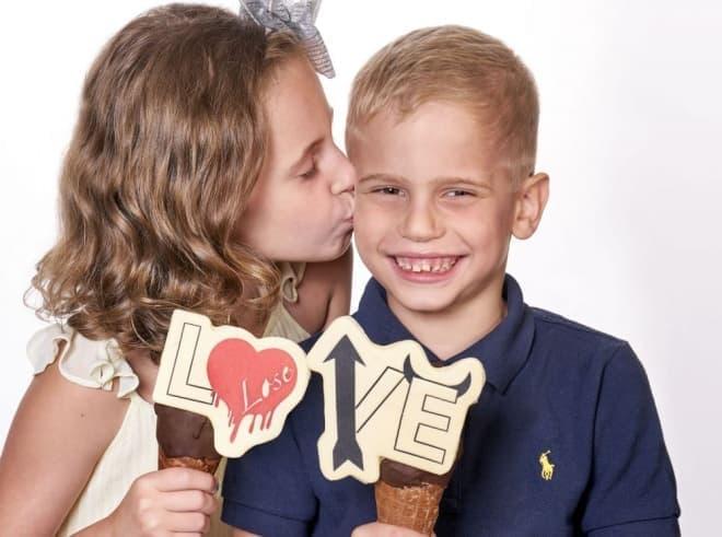 愛は負け戦?-バレンタインは、告白後の方が大変なんだよ、ということを暗示するアイスクリームGIAPOの「LOVE」