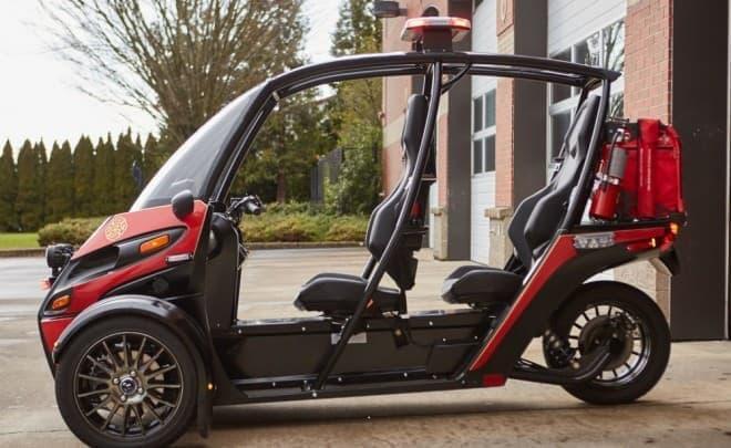 SUVじゃなくてFUV…でもなく、緊急車両 ― Arcimotoの電動車に緊急車両バージョンの「Rapid Responder」