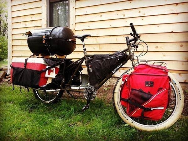 「クルマは家に置いときな」―Surlyの電動アシストカーゴバイク「Big Easy」