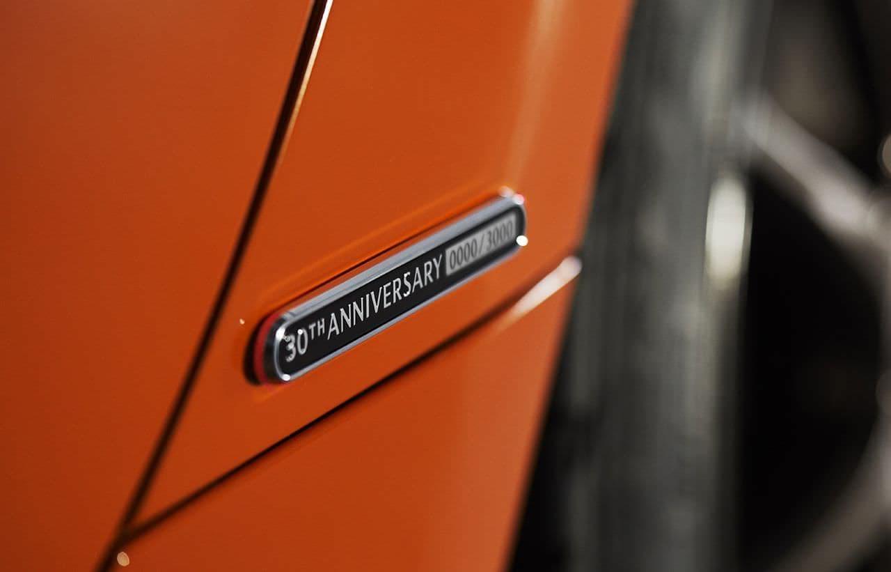マツダ、ロードスター30周年記念車を日本初公開