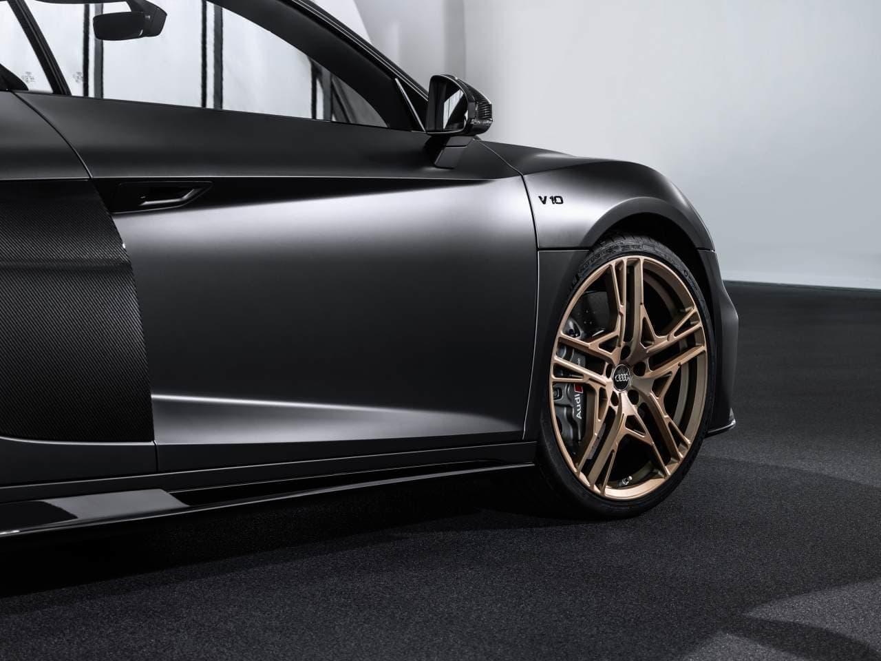 Audi V10エンジン10周年を記念した限定車「R8 V10 Decennium」