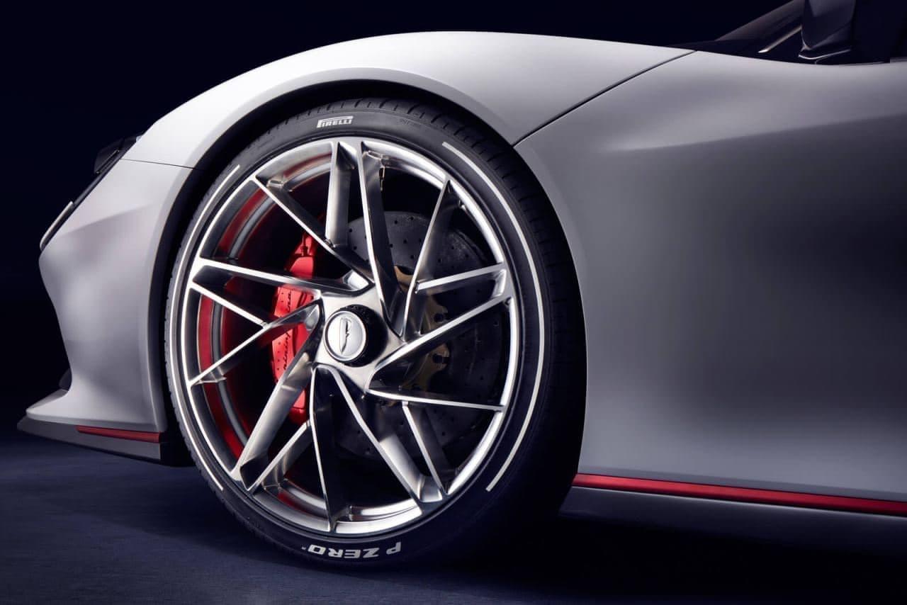 1,900馬力の電動ハイパーカーPininfarina「Battista」