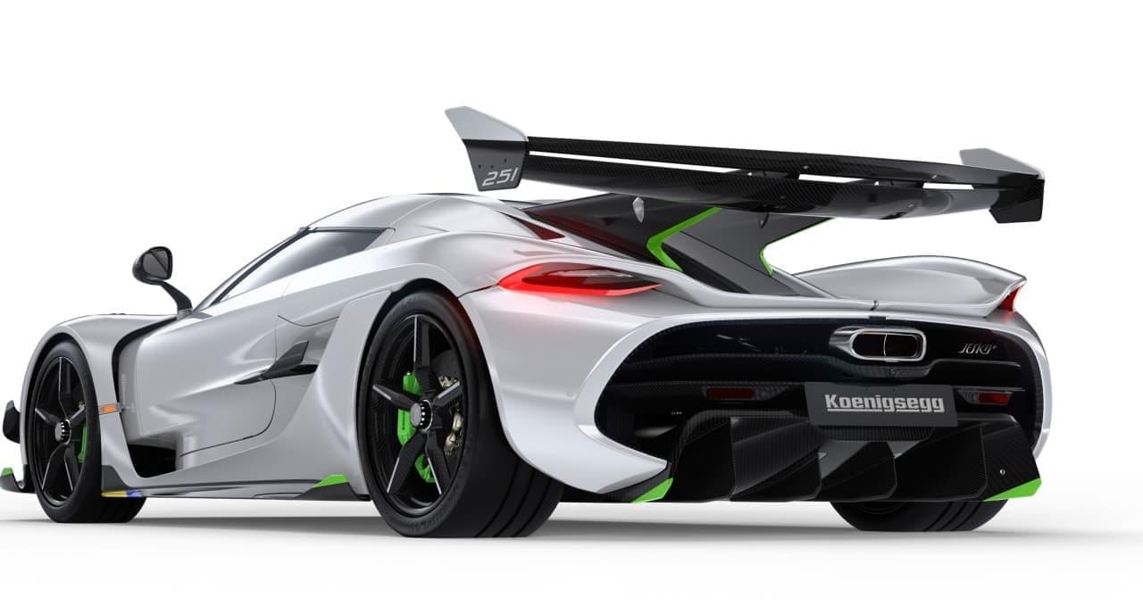量産車初時速483キロを目指すケーニセグ「ジェスコ」