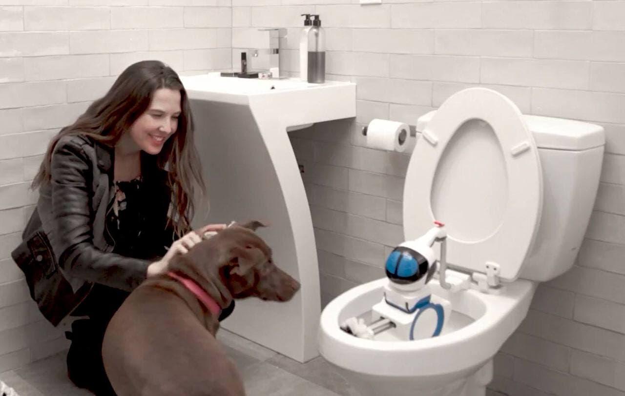 トイレを掃除してくれるロボット Altan Robotech「Giddel」