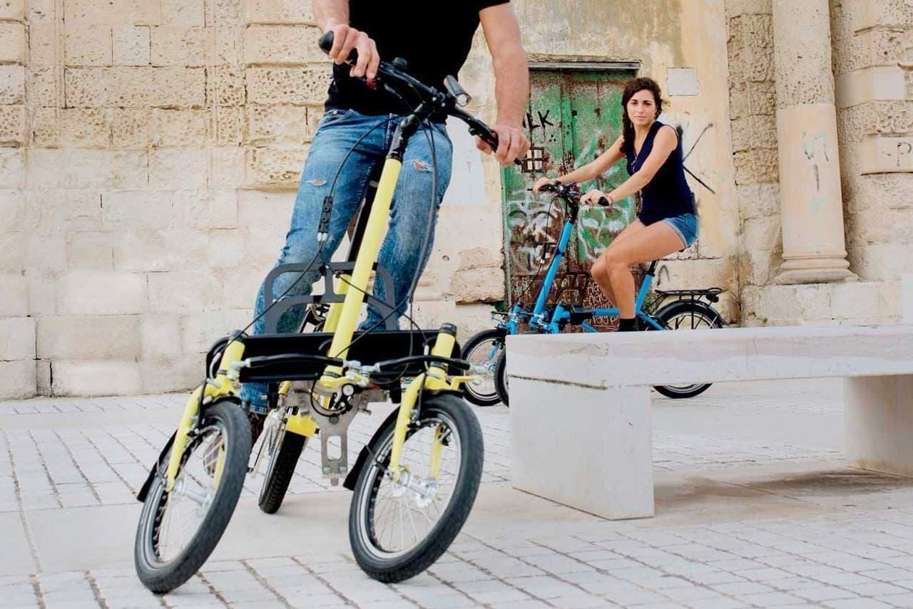 トリシティみたいな3輪電動バイク 「TRIS」