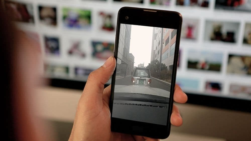 360度カメラを搭載したドライブレコーダー「VEZO 360」