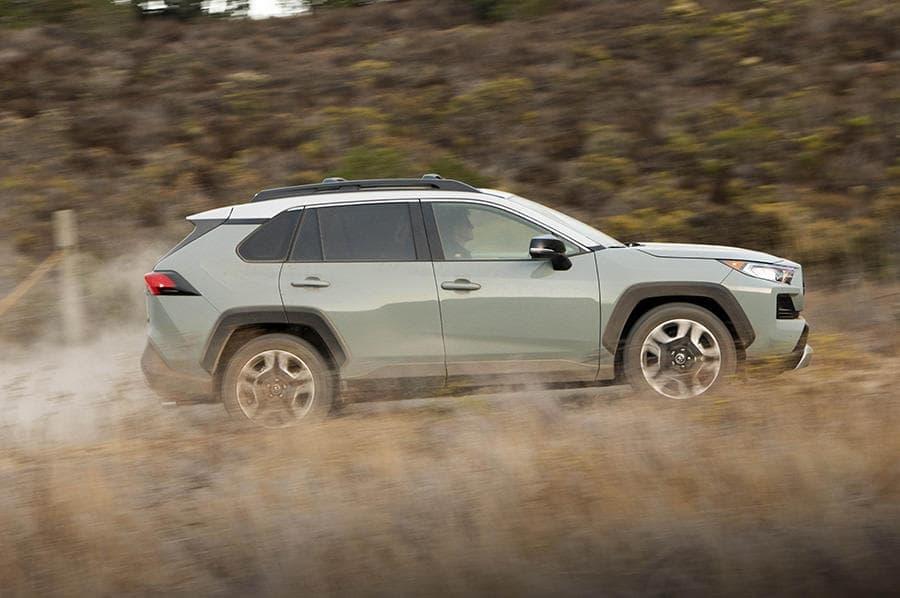 トヨタが新型「RAV4」4WD開発の裏側を公開