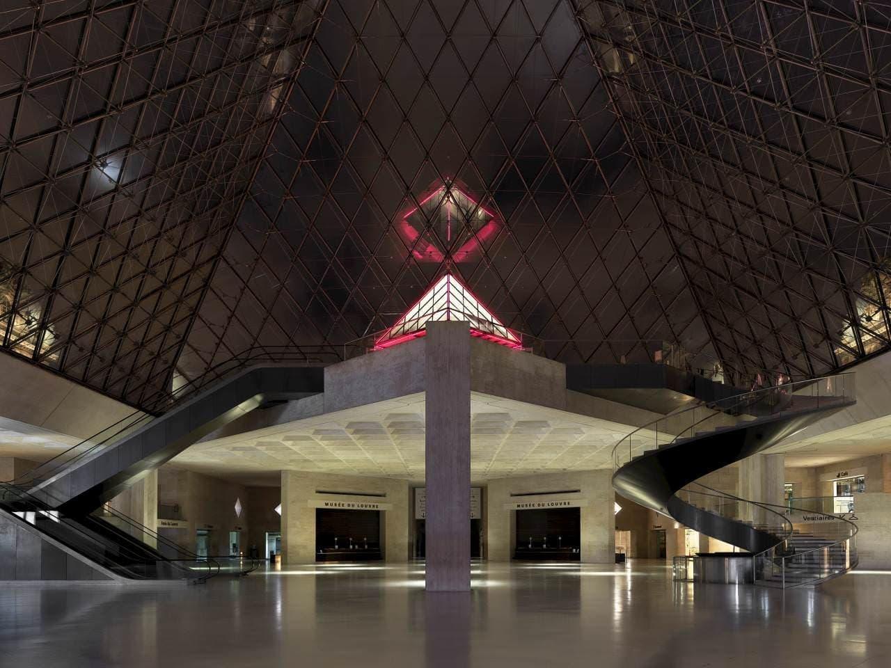 閉館後のルーブル美術館に宿泊できる特別限定企画