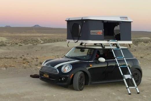 コンパクトカーもキャンピングカーにするRoofnest「Sandpiper」―