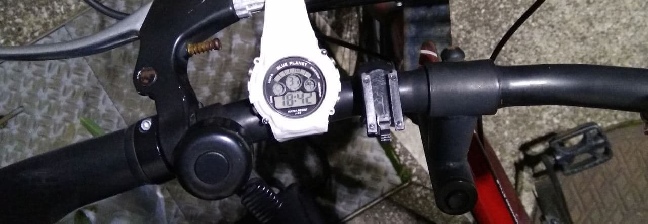 自転車用ライト盗難の例