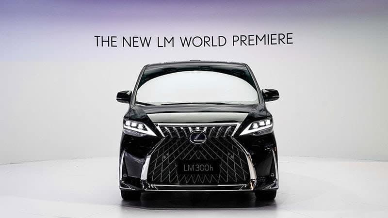 LEXUSがミニバン「LM300h」を上海モーターショーで公開