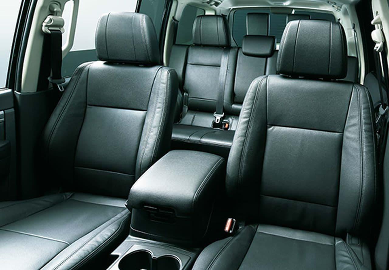 三菱「パジェロ」の特別仕様車「FINAL EDITION」、700台限定で発売