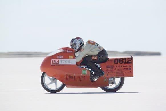 ホンダ「スーパーカブ」のエンジンで、世界最速記録達成を目指すプロジェクト