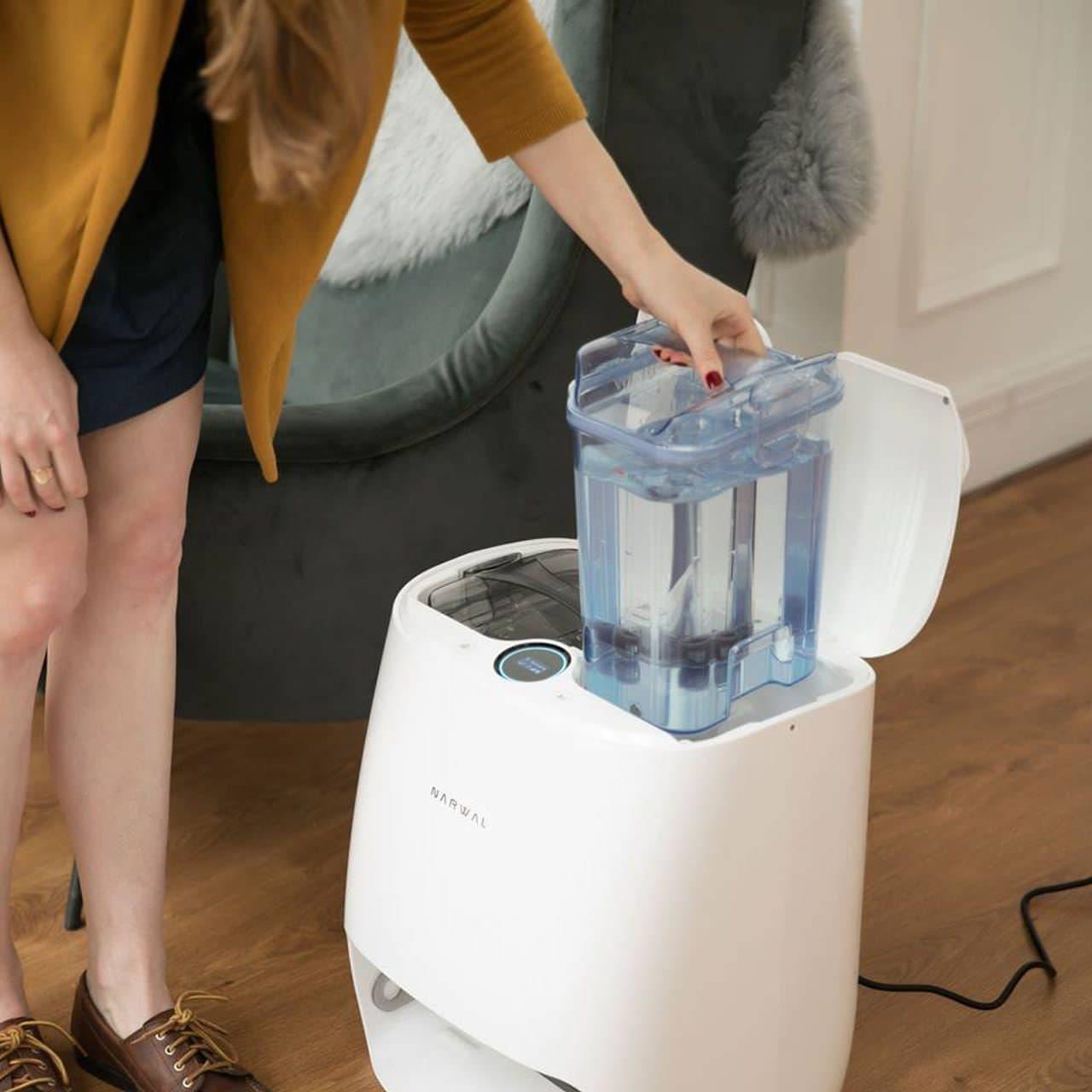 水拭きお掃除ロボット「Narwal」 ― 面倒なクロス洗浄を自動で