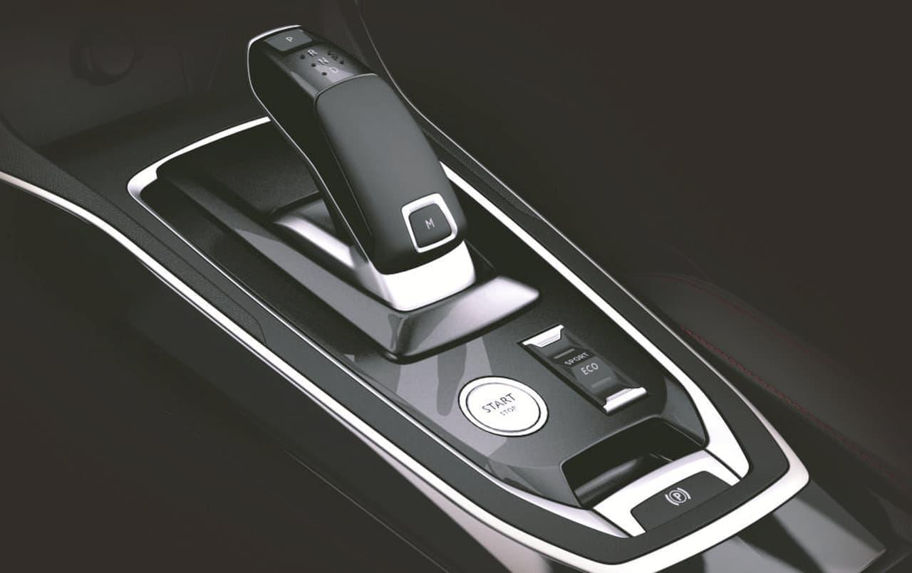 プジョー「308」に新型ガソリンエンジンを搭載したモデル追加