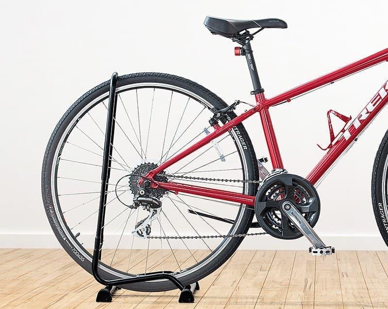 16~29インチに対応した自転車スタンド「800-BYST7」、