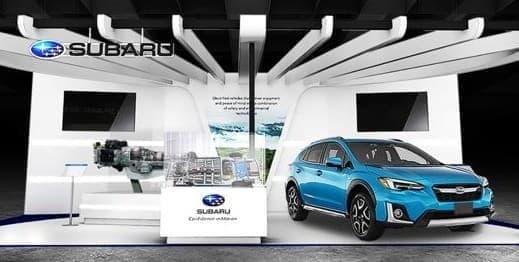 バッテリーは荷室下に配置し、ガソリン車同様の低重心かつ左右対称な構成を実現している。