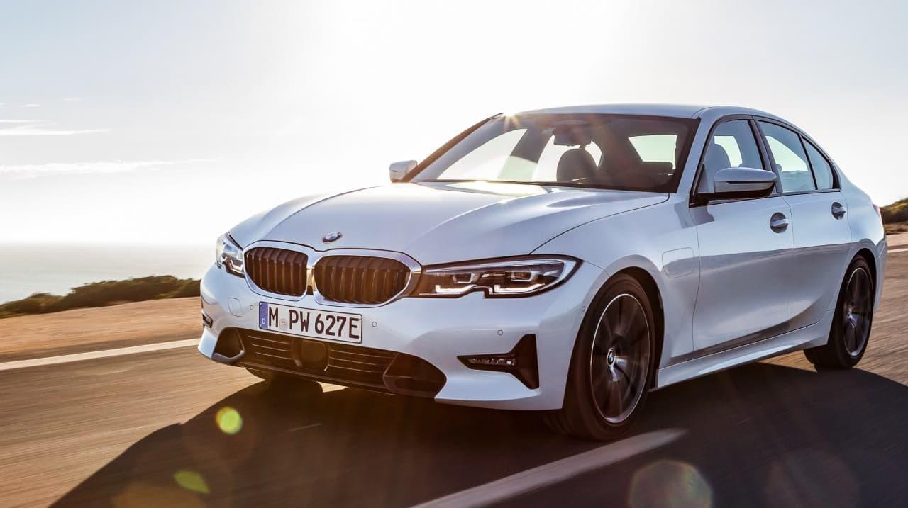 BMW 3シリーズにディーゼルエンジン搭載モデル「320d xDrive」