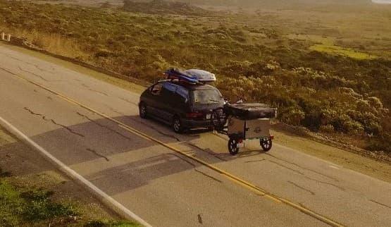 ちっさ!―幅1メートル、長さ1メートルのキャンピングトレーラー「TrailStomper」