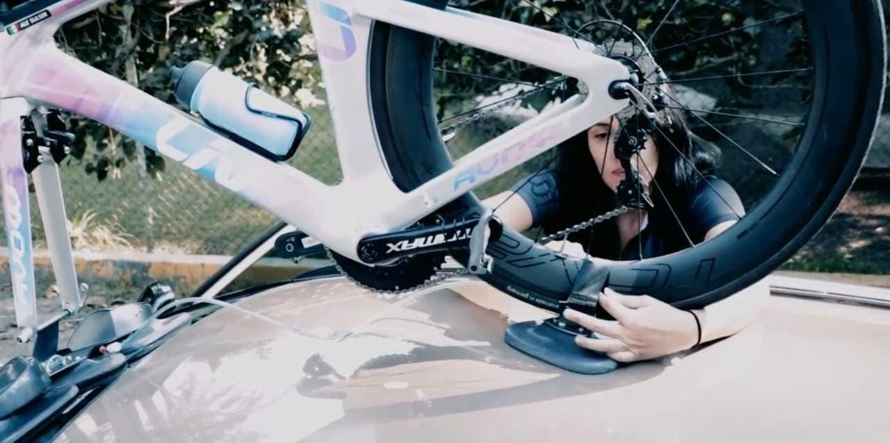 スマホでコントロールする電動サイクルキャリア「Albike Wox」