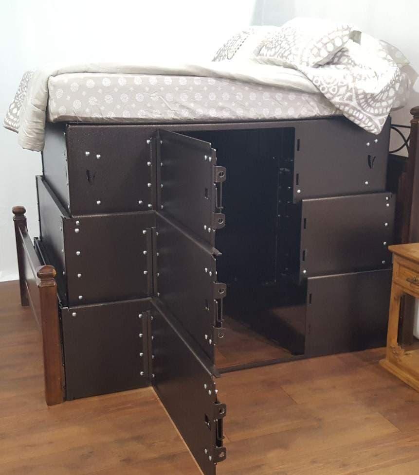 竜巻発生時のシェルターとして使えるベッド「Vortex Vault Shelter Bed」