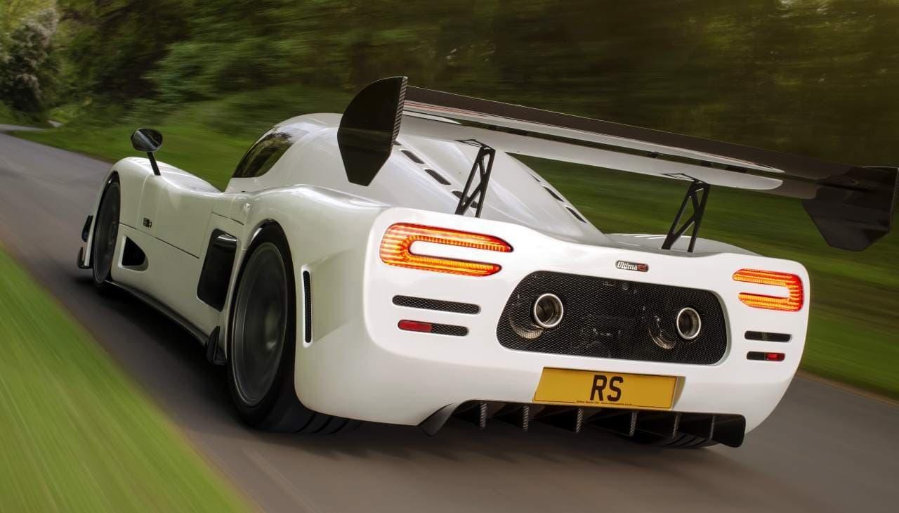 1,200馬力のハイパワーとMTの楽しさを味わえるUltimaのフラッグシップ「RS」