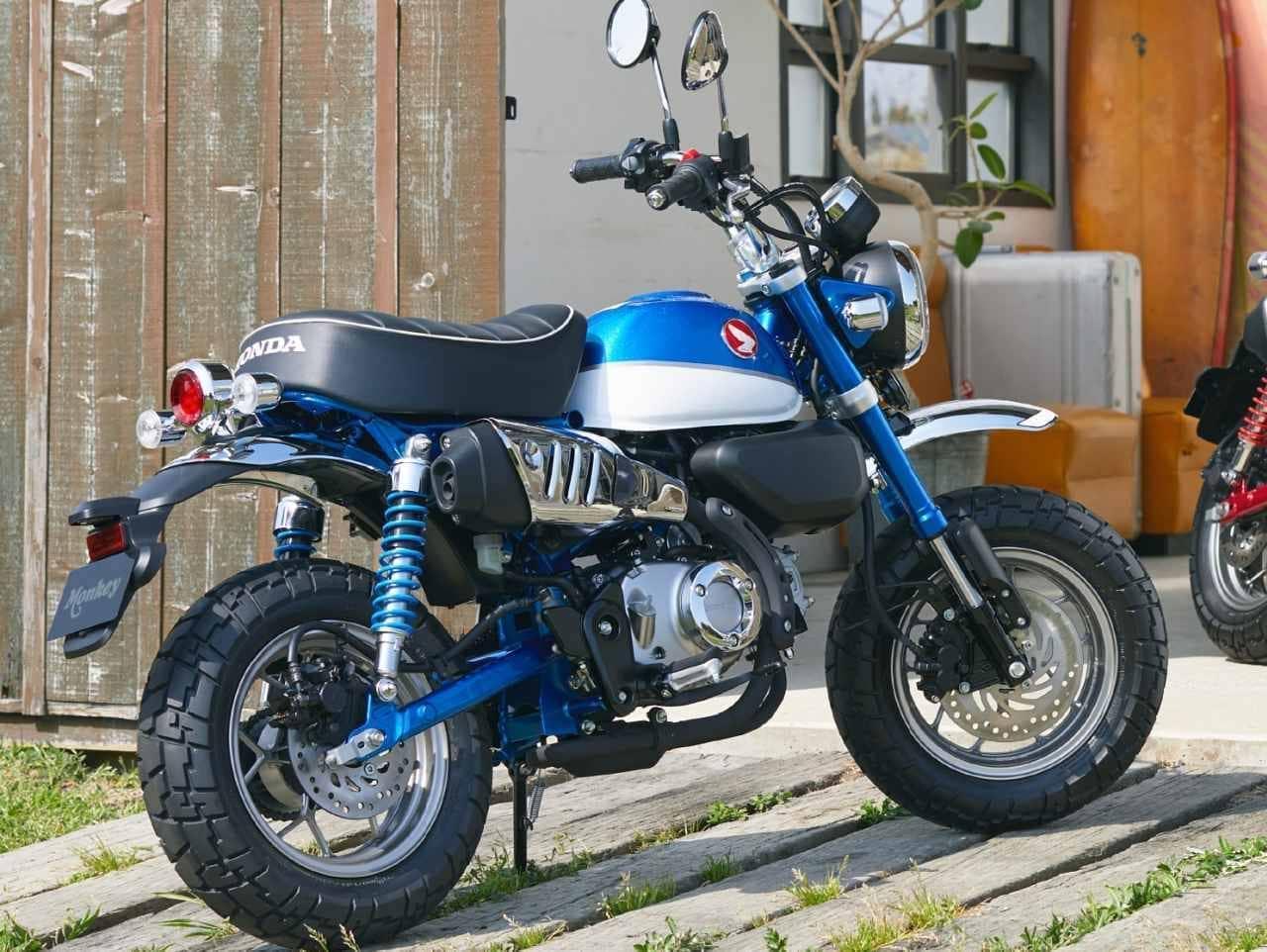 ホンダ「モンキー125」に新色「パールグリッターリングブルー」
