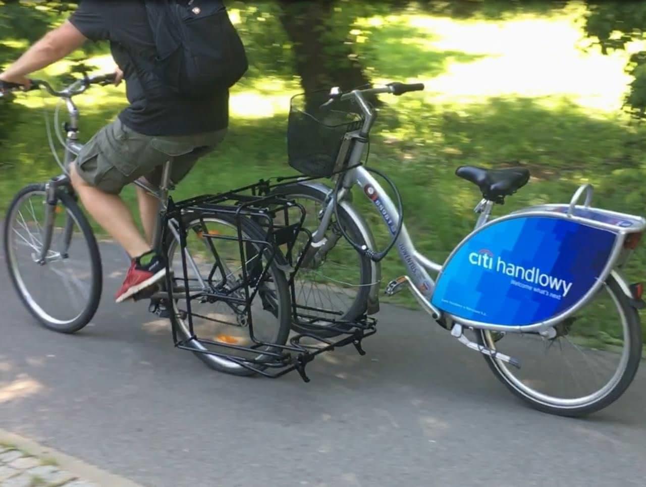 自転車で自転車を牽引 ― Exozox「BIKE TOW」