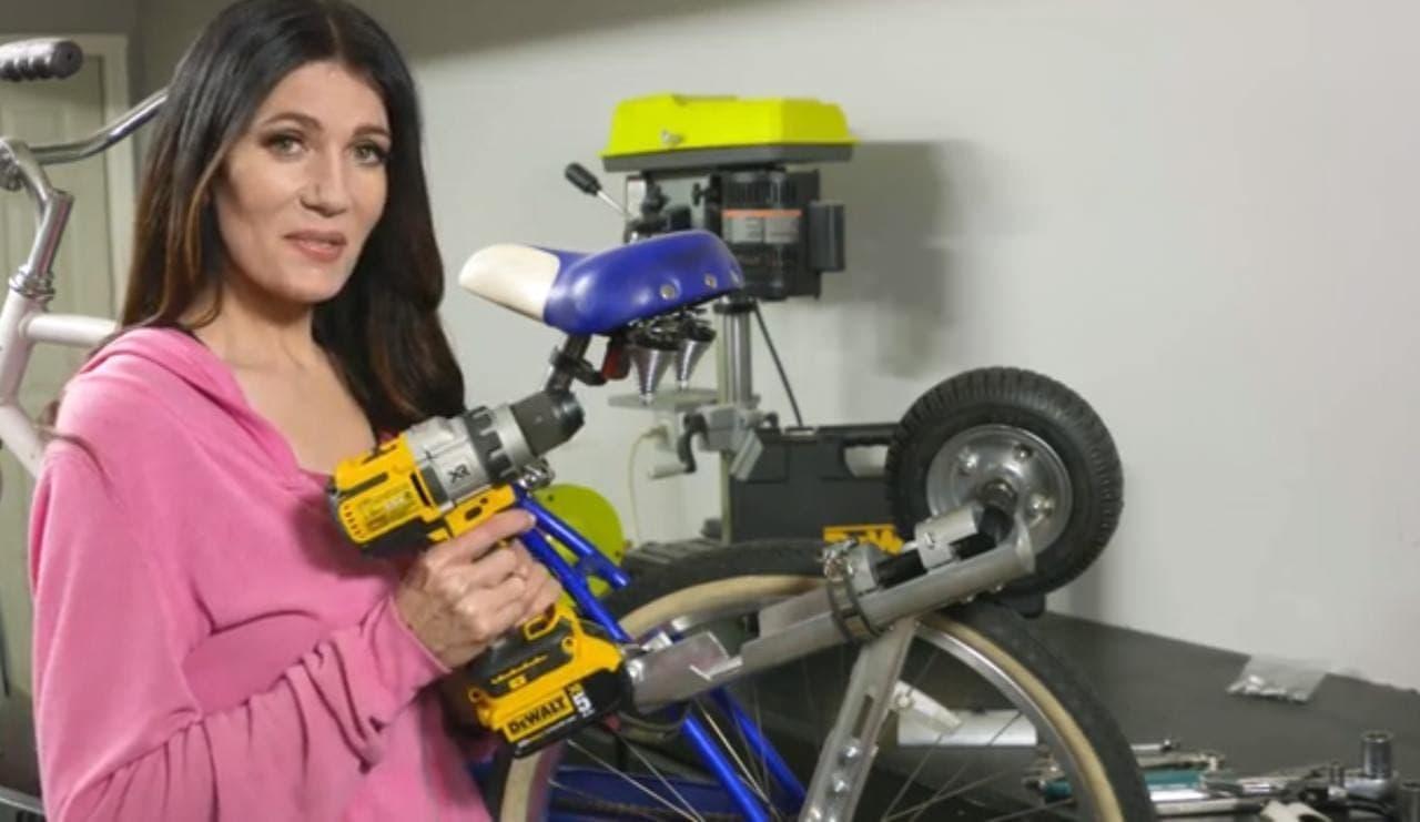 自転車を電動バイクにするコンバージョンキット「Ez-Bike」