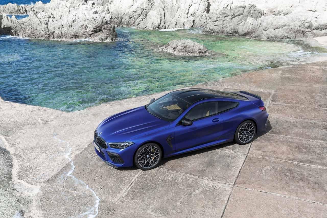公道走行も可能なサーキット・モデル BMW新型「M8」発表