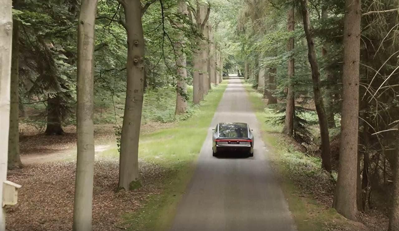 太陽光発電だけで走れる電気自動車-Lightyearの「Lightyear One」