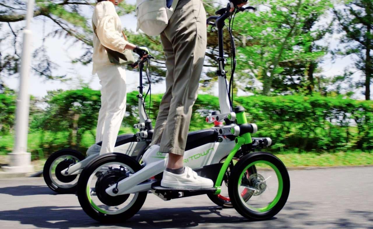 ヤマハの立ち乗りモビリティ「TRITOWN」、公園ガイドツアーに登場
