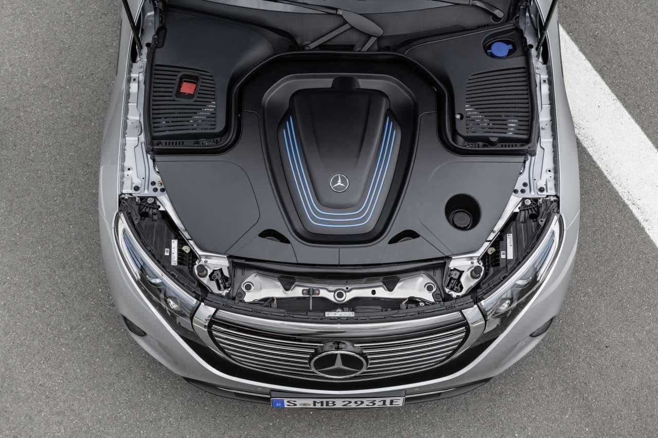 メルセデス・ベンツの電気自動車「EQC」