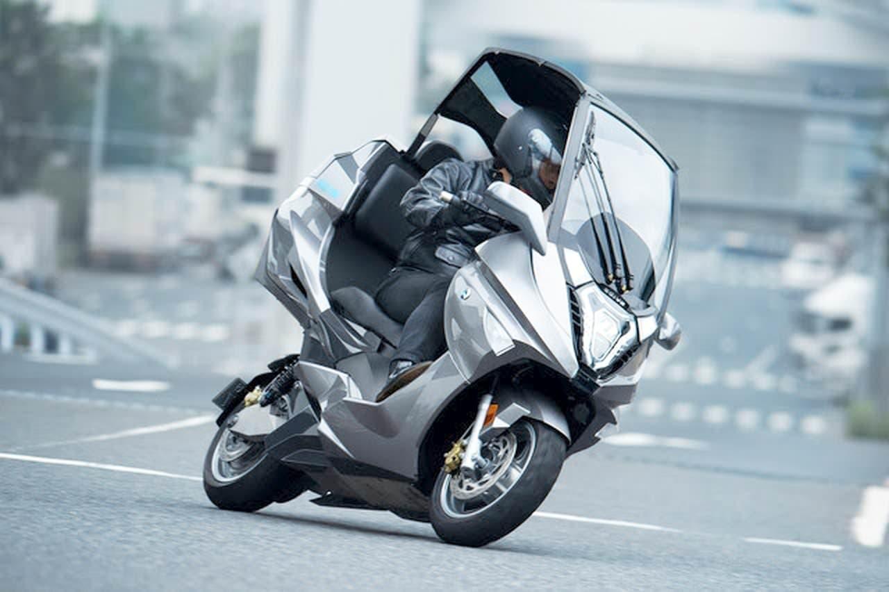 大型電動バイク「AD-4」台数限定発売