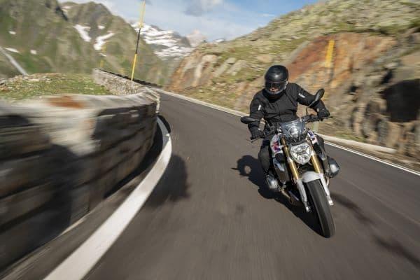 BMW新型「R 1250 R」「R 1250 RS」