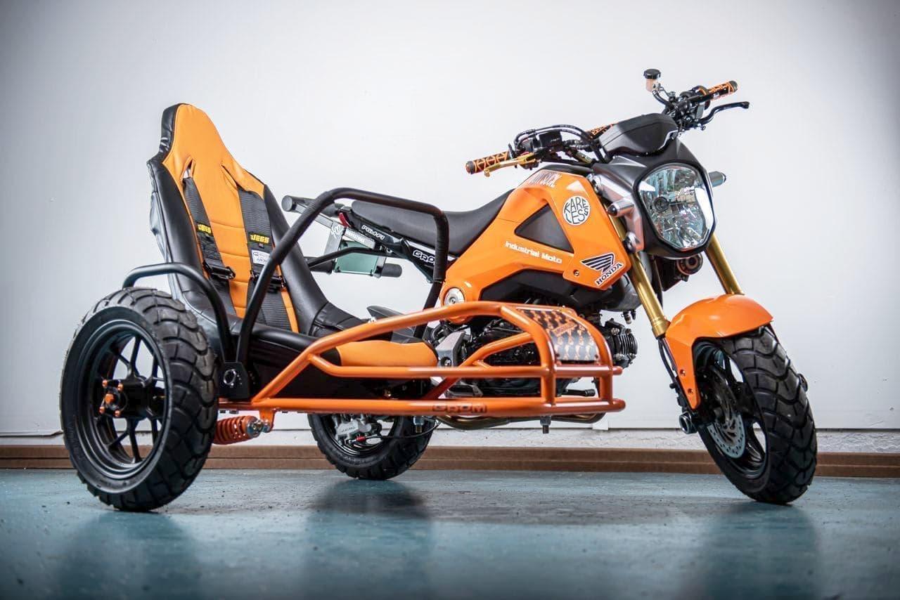 ホンダ「GROM」ベースのサイドカー付きカスタムバイクを製造した「Project Angel」