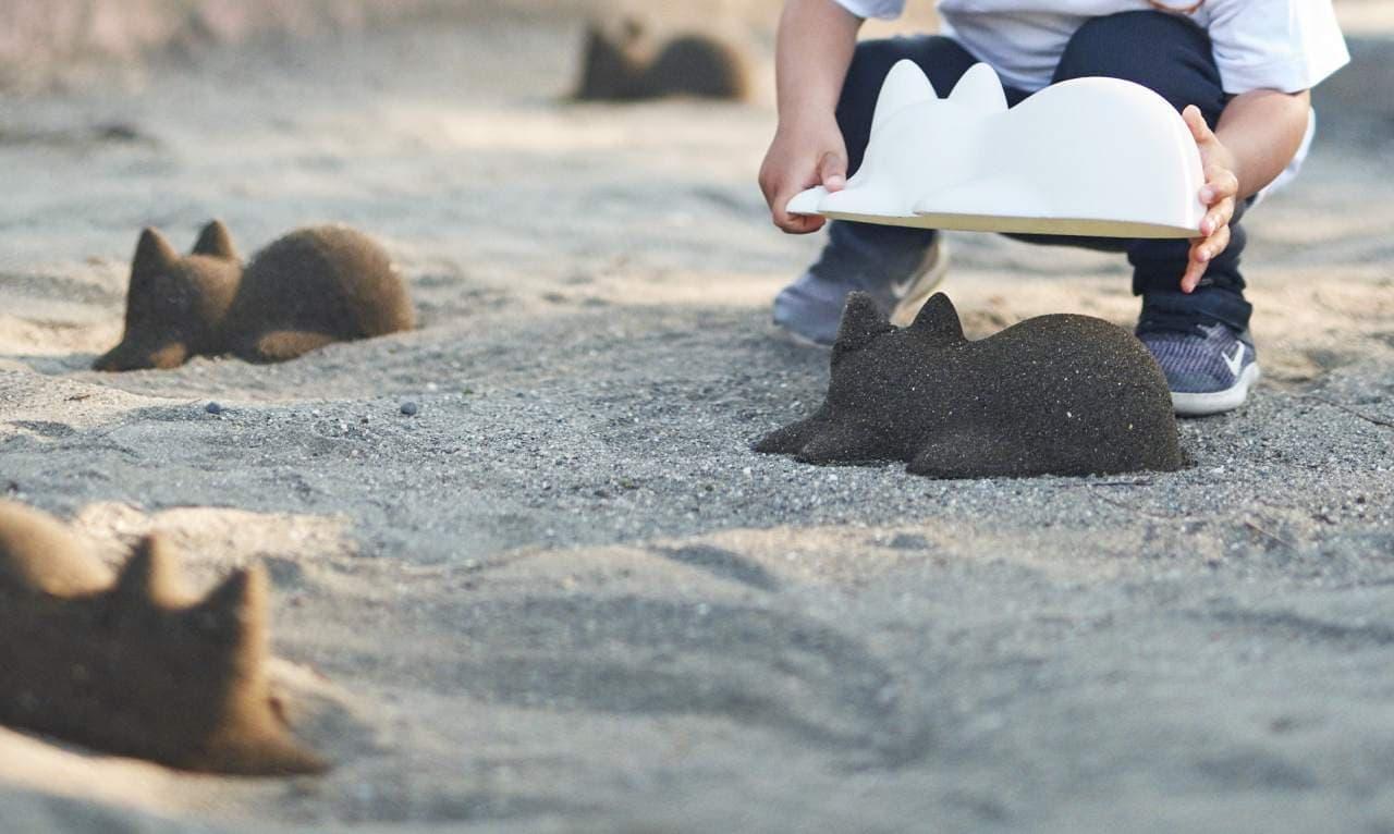 砂浜をネコまみれにしたい―「ネコカップ」