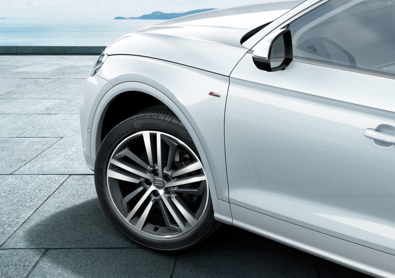 Audi Q5 に内外装の質感を高めた「S line dynamic limited」