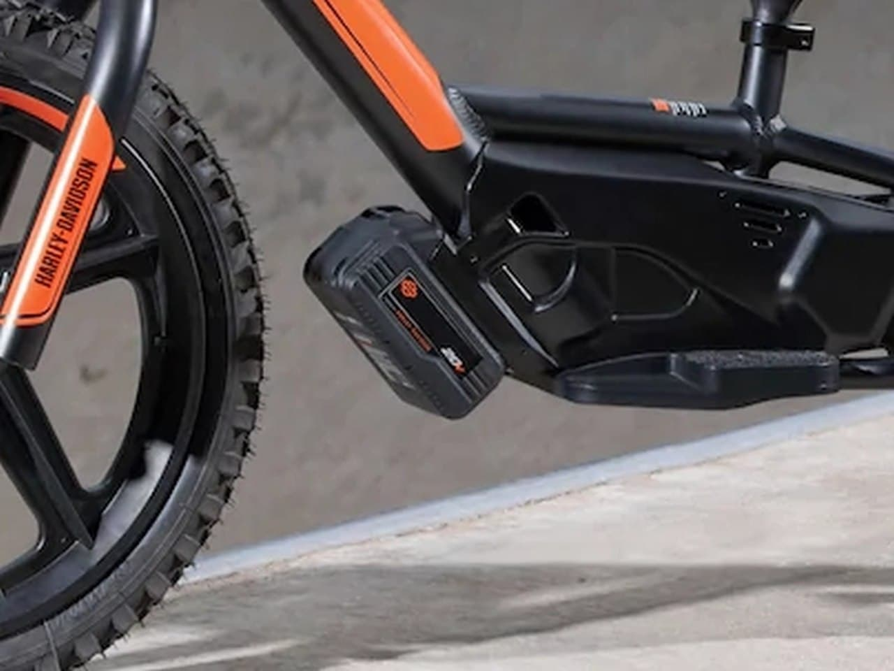 マジか?ハーレーが3歳児向けの電動バランスバイクを発表