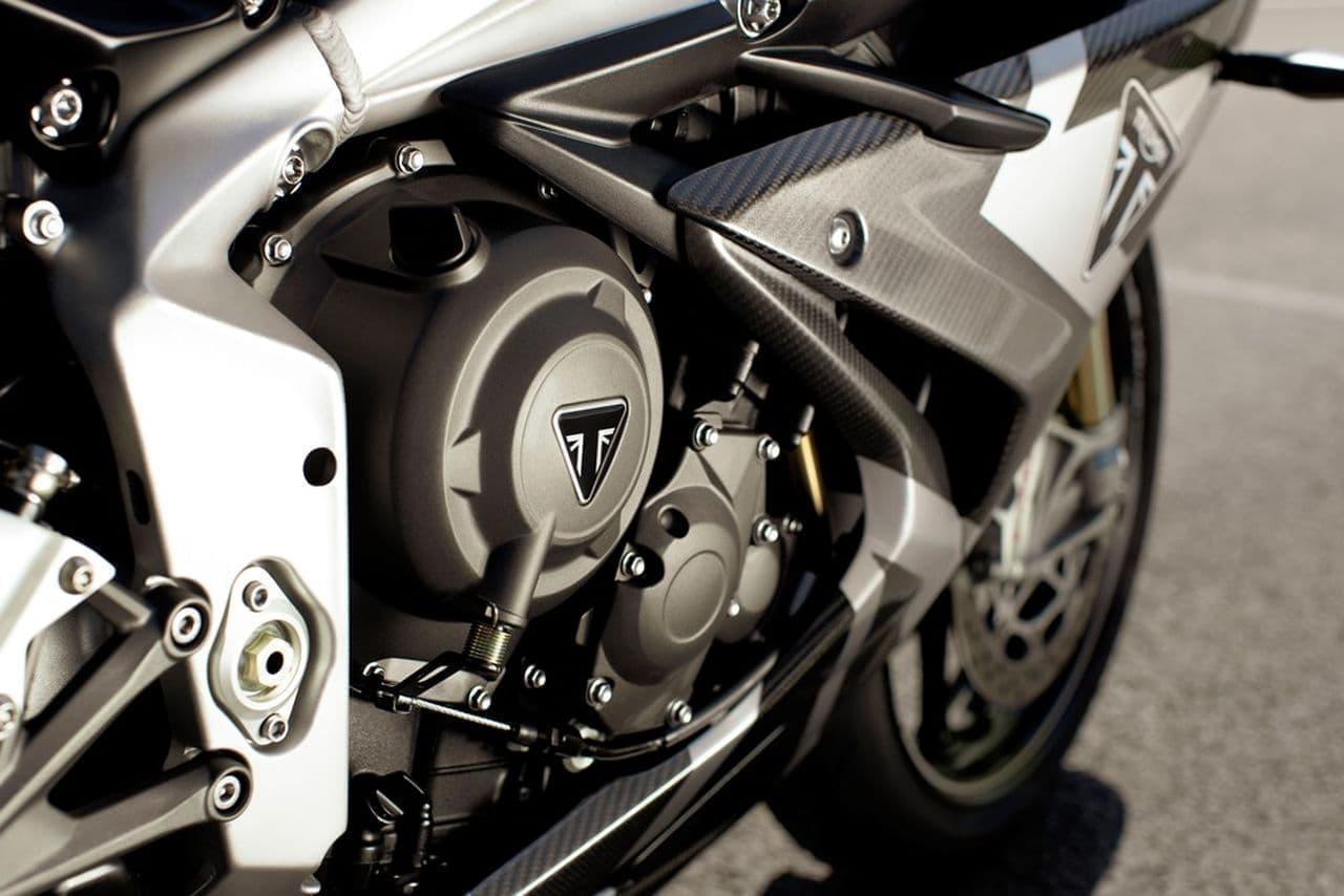 DAYTONA Moto2 765 リミテッドエディション