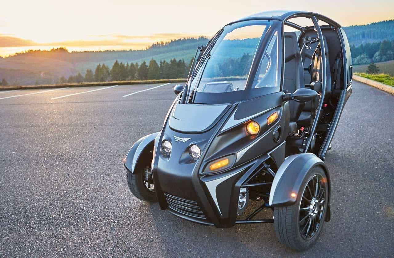 SUVではなくFUV - Arcimotoによる3輪電動ビークル、ついに(やっと?)出荷開始