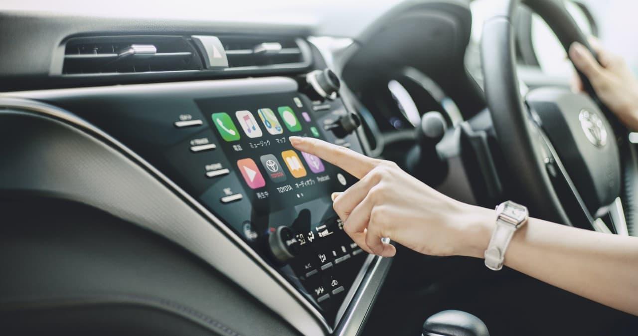 トヨタ「カムリ」、スマホのアプリがクルマで使える「ディスプレイオーディオ」が標準装備に