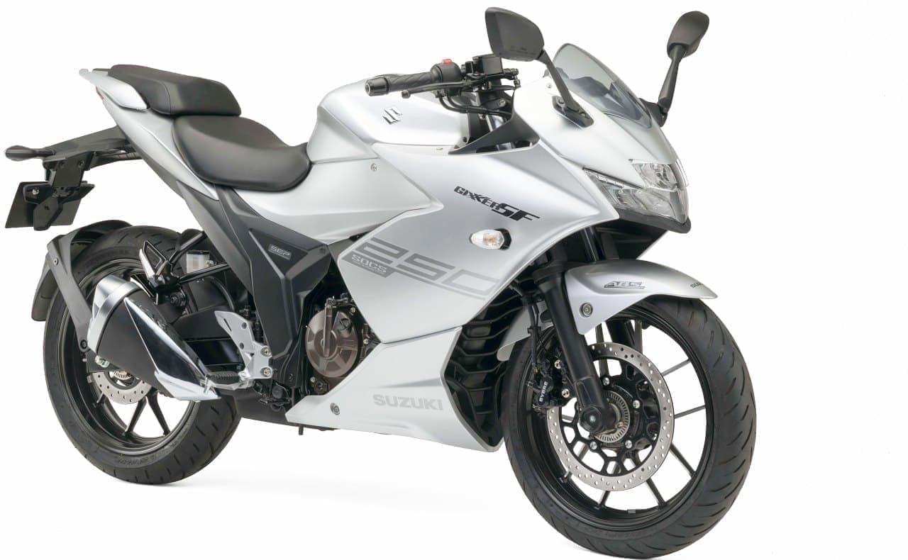 スズキが新開発の油冷エンジンを搭載した「ジクサー」を東京モーターショーに参考出品