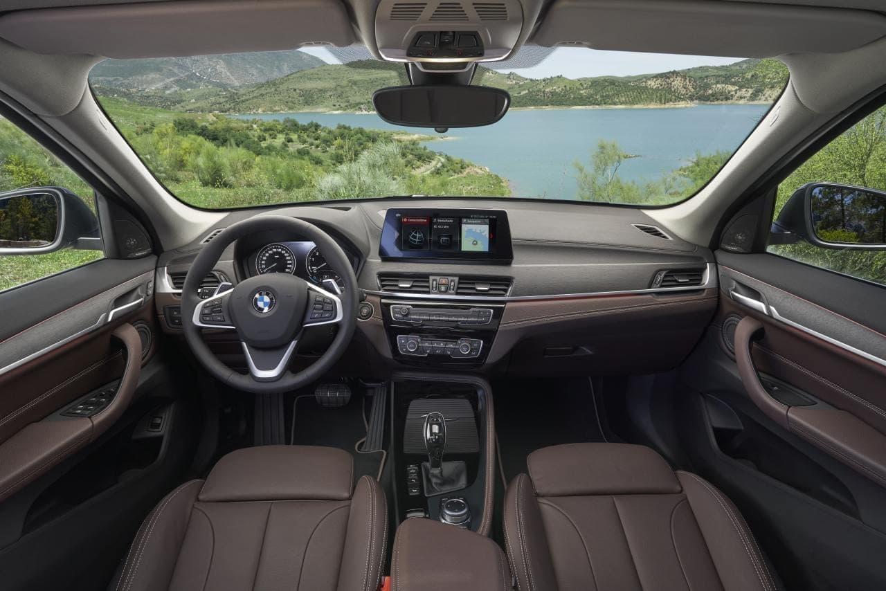 コンパクトSAV、BMW新型「X1」発売