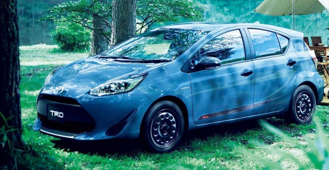 トヨタの小型車にアウトドアテイストの特別仕様車「グランパー」