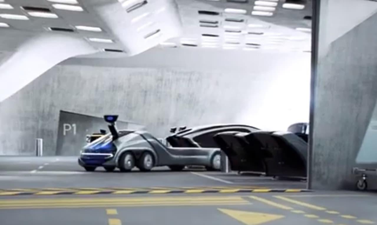 「アバター」付きの自動運転車EDAG「CITYBOT」