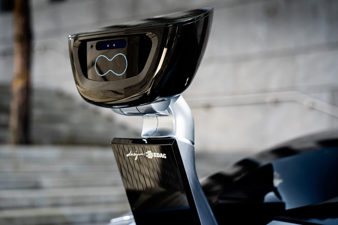 す「アバター」付きの自動運転車EDAG「CITYBOT」