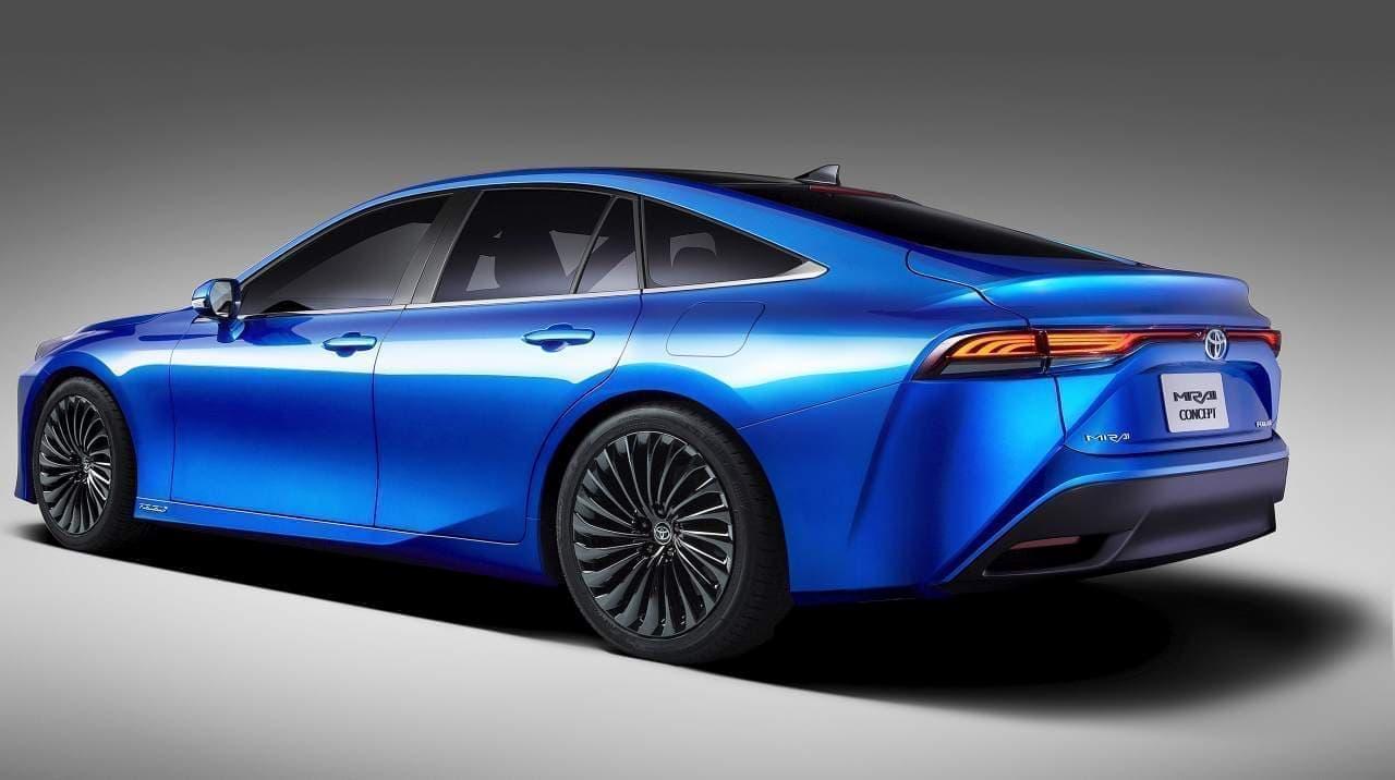 トヨタが次期「MIRAI」の開発最終段階モデルを東京モーターショーで初公開