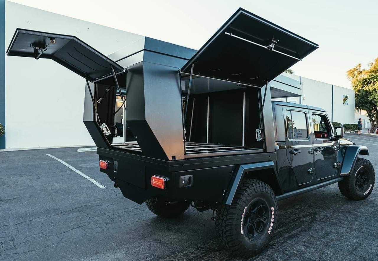 Jeep GladiatorをキャンピングカーにするFiftytenのキット